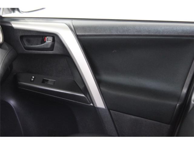2018 Toyota RAV4 LE (Stk: 297585S) in Markham - Image 14 of 23