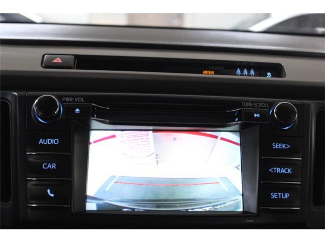 2018 Toyota RAV4 LE (Stk: 297585S) in Markham - Image 12 of 23