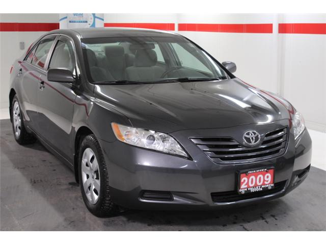 2009 Toyota Camry LE (Stk: 297591S) in Markham - Image 2 of 23