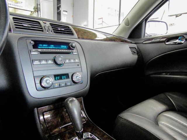 2006 Buick Lucerne CXS (Stk: C9-27361) in Burnaby - Image 9 of 24