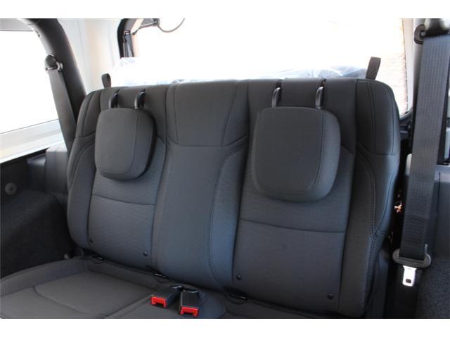 2019 Jeep Wrangler Sport (Stk: W573973) in Courtenay - Image 6 of 30