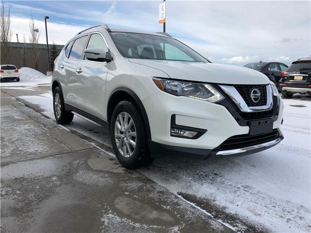2018 Nissan Rogue SV (Stk: NE149) in Calgary - Image 3 of 7