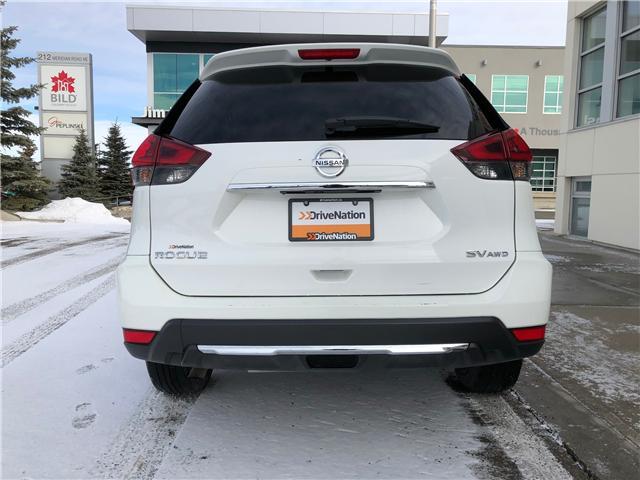 2018 Nissan Rogue SV (Stk: NE149) in Calgary - Image 5 of 7