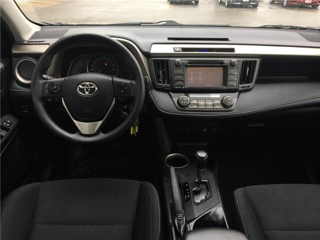 2014 Toyota RAV4 XLE (Stk: 19130) in Chatham - Image 10 of 20