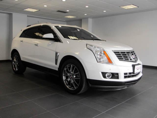2016 Cadillac SRX Performance Collection (Stk: P9-57660) in Burnaby - Image 2 of 25