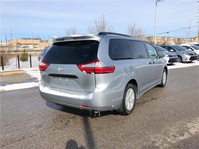 2019 Toyota Sienna 7-Passenger (Stk: 30423) in Aurora - Image 5 of 15