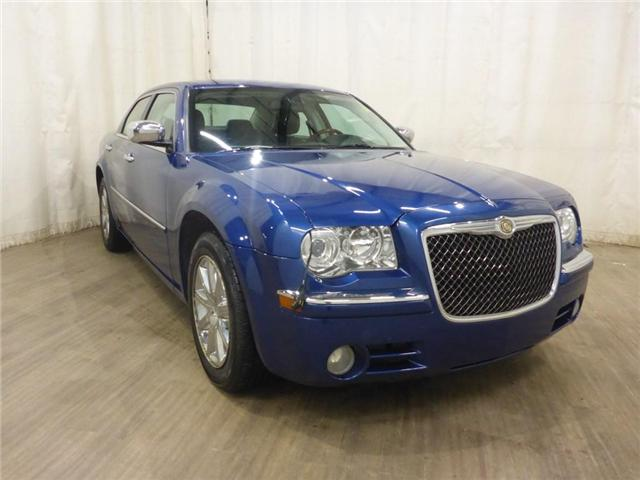 2010 Chrysler 300 Limited (Stk: 19030724) in Calgary - Image 2 of 26