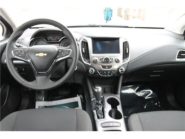 2017 Chevrolet Cruze LT Auto (Stk: 1902068) in Waterloo - Image 11 of 28