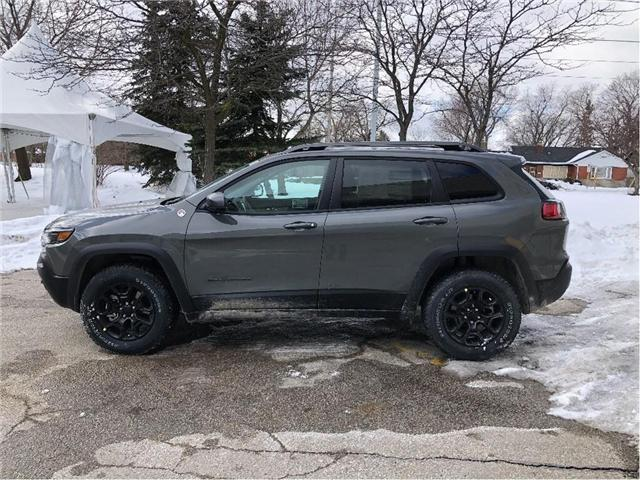 2019 Jeep Cherokee Trailhawk (Stk: 194076) in Toronto - Image 2 of 20