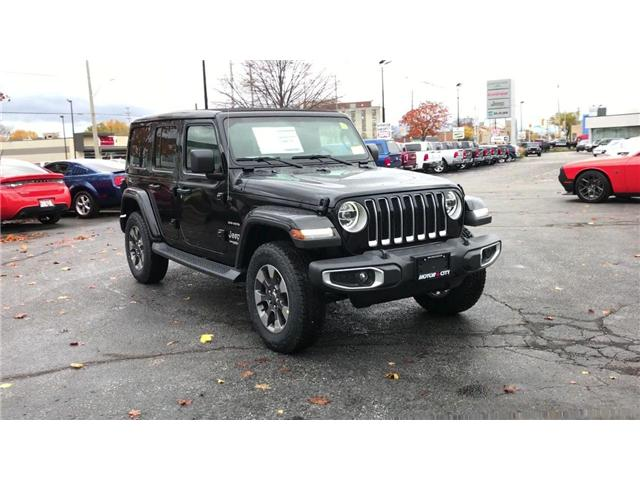 2018 Jeep Wrangler Unlimited Sahara (Stk: 181335) in Windsor - Image 2 of 11