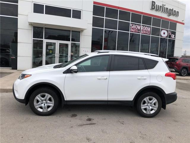 2015 Toyota RAV4 LE (Stk: U10589) in Burlington - Image 2 of 18