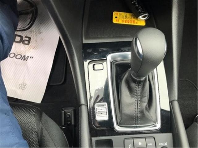 2018 Mazda Mazda3 GX (Stk: 18095A) in Cobourg - Image 8 of 19