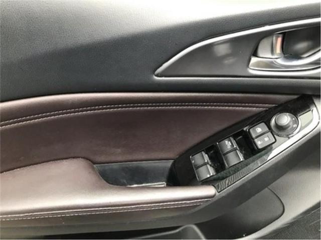 2018 Mazda Mazda3 GT (Stk: 19084A) in Cobourg - Image 3 of 13