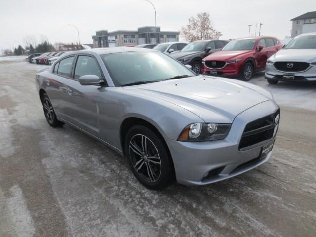 2014 Dodge Charger SXT (Stk: M19025D) in Steinbach - Image 3 of 37