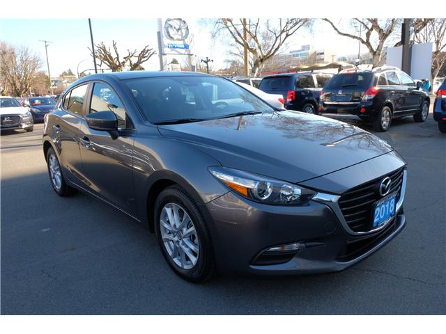 2018 Mazda Mazda3 GS (Stk: 7869A) in Victoria - Image 1 of 16