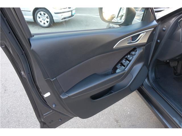 2018 Mazda Mazda3 GS (Stk: 7869A) in Victoria - Image 9 of 16