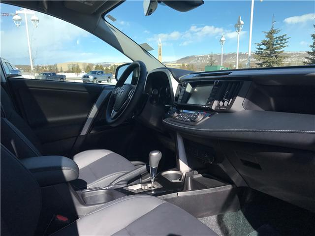 2018 Toyota RAV4 Limited (Stk: 190156A) in Cochrane - Image 7 of 13