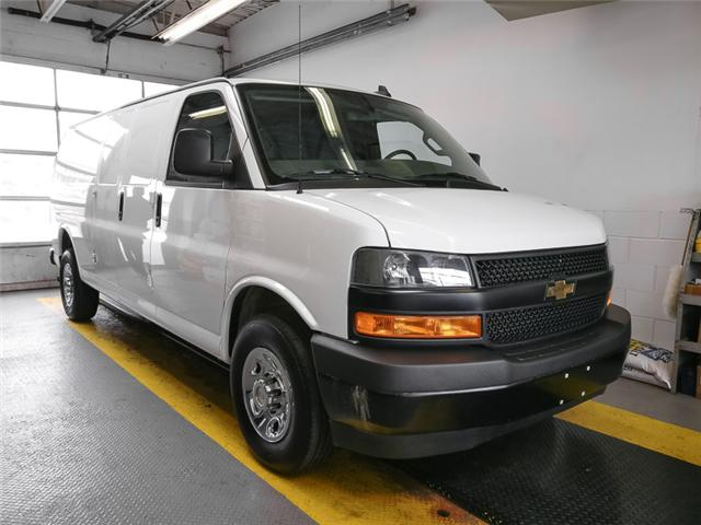 2018 Chevrolet Express 2500 Work Van (Stk: P9-56540) in Burnaby - Image 2 of 24