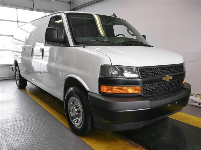2018 Chevrolet Express 2500 Work Van (Stk: P9-56550) in Burnaby - Image 2 of 21