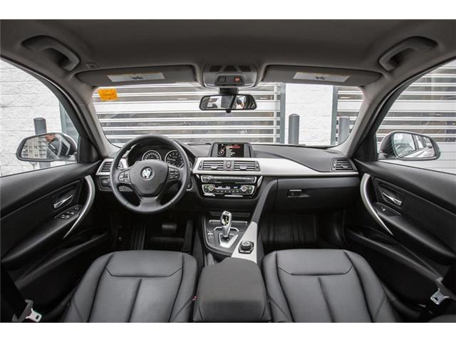 2016 BMW 320i xDrive (Stk: A11890) in Markham - Image 7 of 14