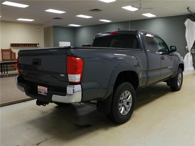 2017 Toyota Tacoma SR5 (Stk: 185784) in Kitchener - Image 3 of 29