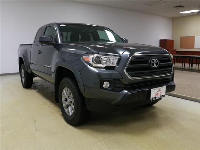 2017 Toyota Tacoma SR5 (Stk: 185784) in Kitchener - Image 4 of 29