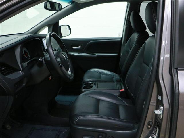 2017 Toyota Sienna SE 8 Passenger (Stk: 186504) in Kitchener - Image 5 of 30