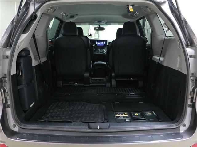 2017 Toyota Sienna SE 8 Passenger (Stk: 186504) in Kitchener - Image 18 of 30