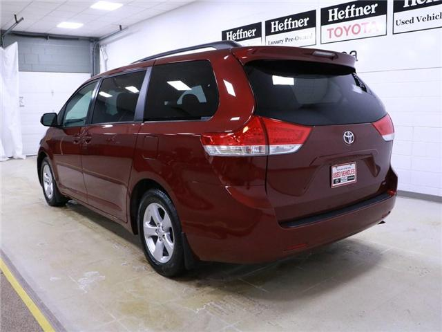 2014 Toyota Sienna LE 8 Passenger (Stk: 195146) in Kitchener - Image 2 of 30