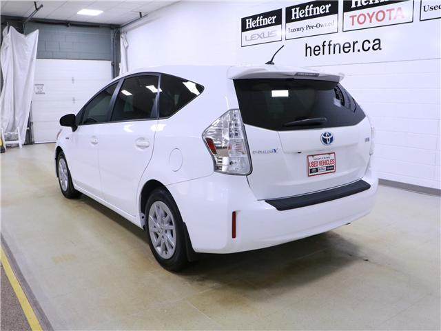 2014 Toyota Prius v Base (Stk: 195128) in Kitchener - Image 2 of 28