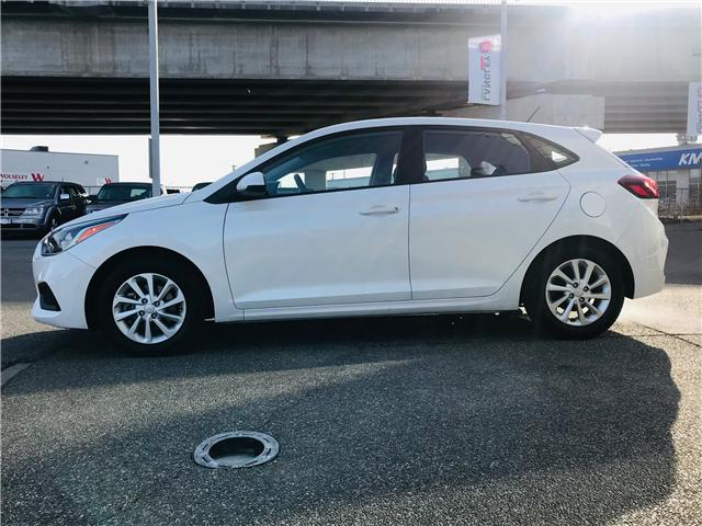 2018 Hyundai Accent LE (Stk: LF009810) in Surrey - Image 5 of 27