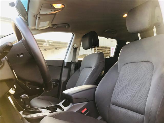 2018 Hyundai Santa Fe Sport 2.4 Premium (Stk: LF009820) in Surrey - Image 13 of 28