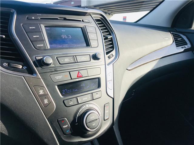 2018 Hyundai Santa Fe Sport 2.4 Premium (Stk: LF009820) in Surrey - Image 21 of 28