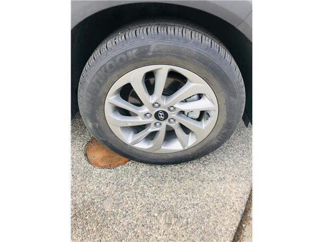 2018 Hyundai Tucson Premium 2.0L (Stk: LF009800) in Surrey - Image 28 of 30