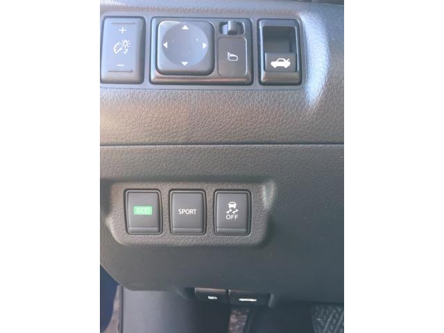2017 Nissan Sentra 1.6 SR Turbo (Stk: 17047) in Bracebridge - Image 9 of 13
