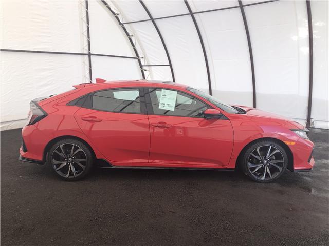 2017 Honda Civic Sport (Stk: 15795AZ) in Thunder Bay - Image 2 of 19