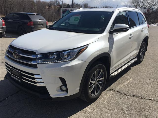 2017 Toyota Highlander XLE (Stk: -) in Toronto - Image 1 of 23