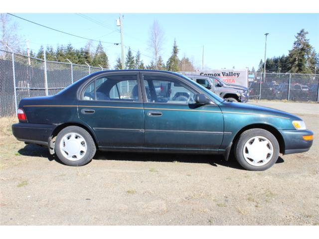 1996 Toyota Corolla DX (Stk: T233220A) in Courtenay - Image 5 of 11
