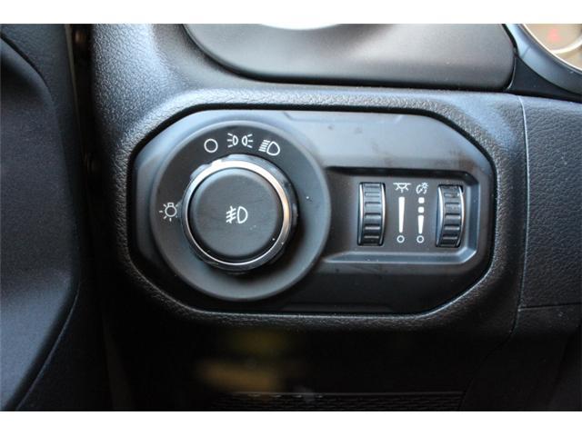 2019 Jeep Wrangler Sport (Stk: W573975) in Courtenay - Image 13 of 28