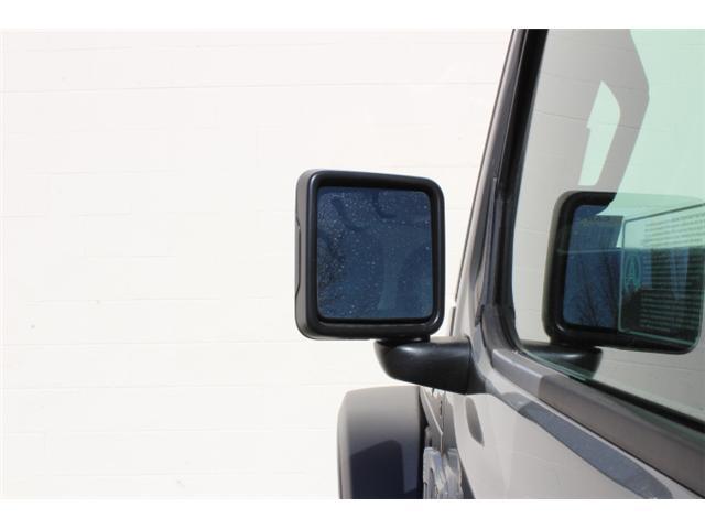 2019 Jeep Wrangler Sport (Stk: W573975) in Courtenay - Image 18 of 28