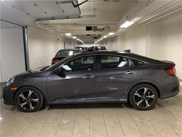 2017 Honda Civic Touring (Stk: AP3210) in Toronto - Image 2 of 30