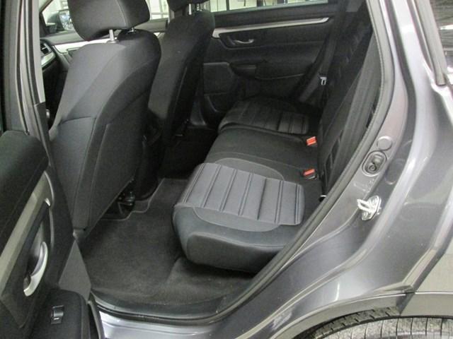 2018 Honda CR-V LX (Stk: M2613) in Gloucester - Image 13 of 18