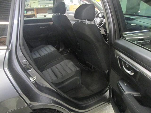 2018 Honda CR-V LX (Stk: M2613) in Gloucester - Image 15 of 18