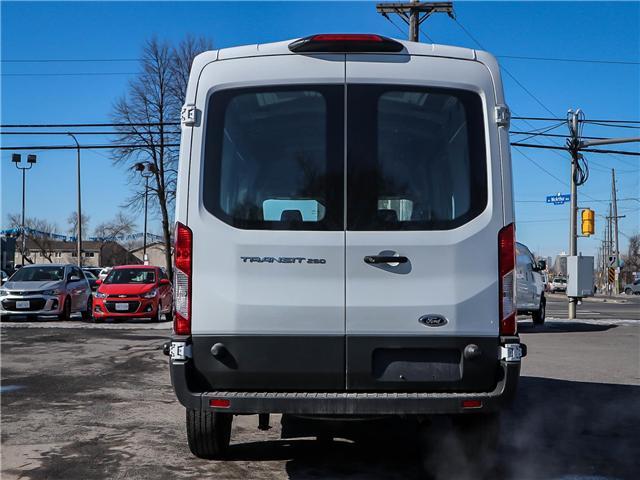2018 Ford Transit-250 Base (Stk: AX65858) in Ottawa - Image 6 of 25