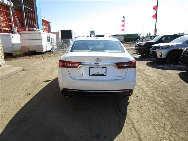 2016 Toyota Avalon Limited (Stk: 1990851 ) in Moose Jaw - Image 4 of 38