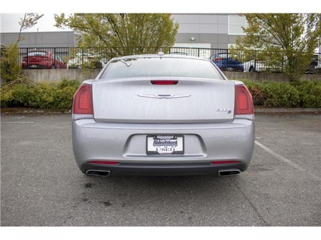 2018 Chrysler 300 S (Stk: AB0754) in Abbotsford - Image 6 of 28