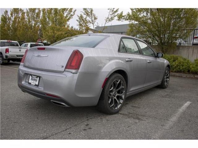 2018 Chrysler 300 S (Stk: AB0754) in Abbotsford - Image 7 of 28
