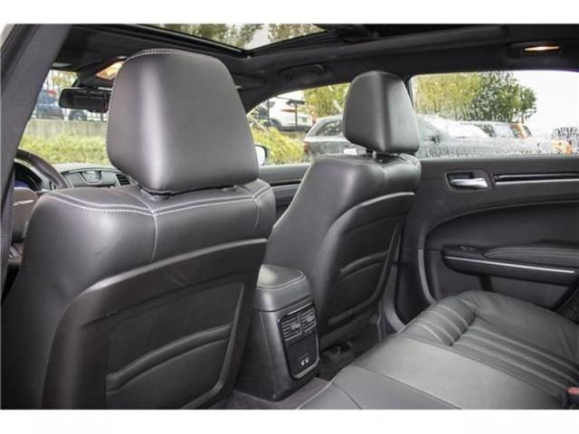 2018 Chrysler 300 S (Stk: AB0754) in Abbotsford - Image 15 of 28