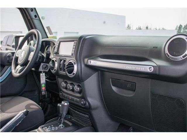 2018 Jeep Wrangler JK Unlimited Sahara (Stk: AG0743B) in Abbotsford - Image 17 of 23