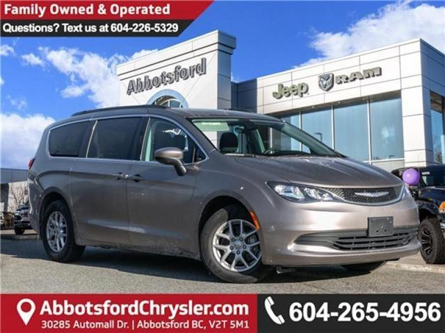 2017 Chrysler Pacifica Touring (Stk: AG0817) in Abbotsford - Image 1 of 22